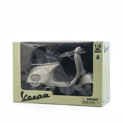 Vespa model scooter 1:6